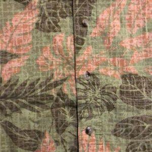Columbia Shirts - Men's Columbia button-down shirt